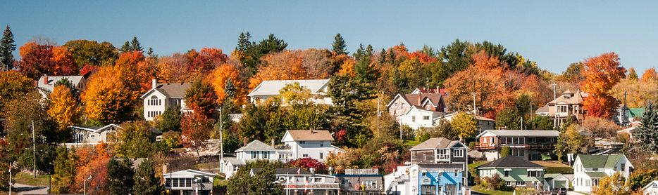 Parry Sound Houses and Fall Colours